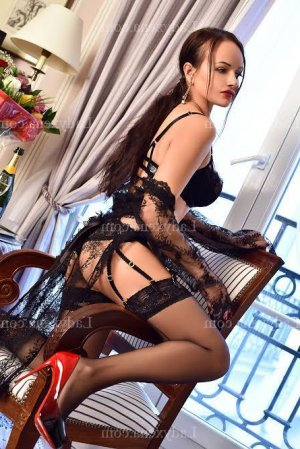 Chanael escort rencontre dominatrice
