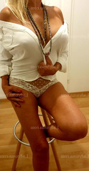 Halia escort girl rencontre dominatrice